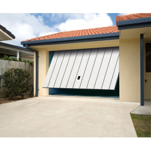 Carbas isolation 40 mm porte de garage basculante for Serrure portail basculante garage